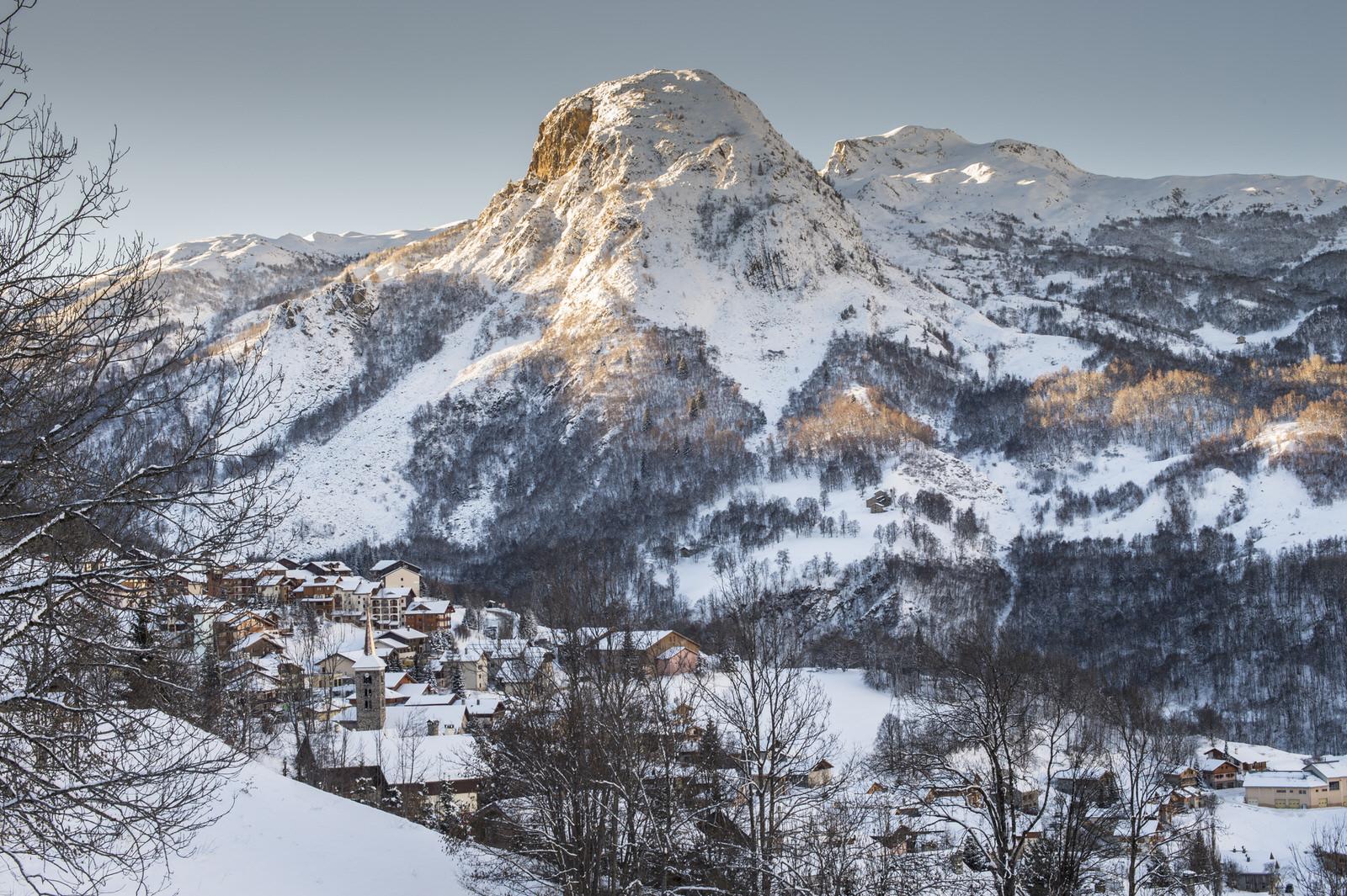 Le village de Saint-Martin-de-Belleville : vue du village